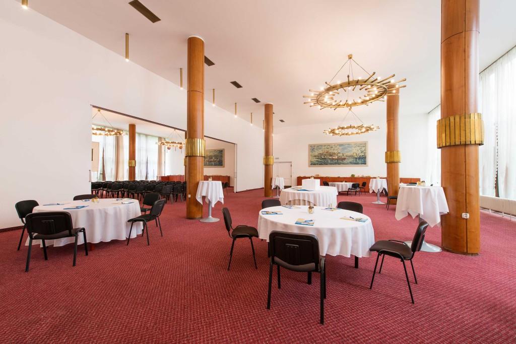 Ballroom Leona (1)